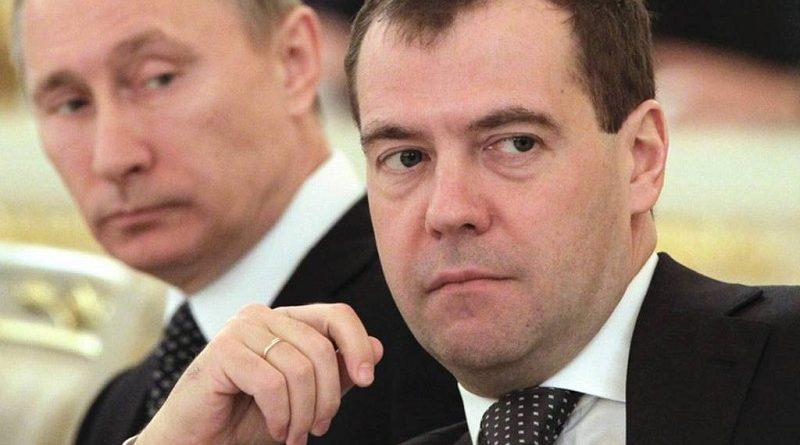 Почему Медведев?